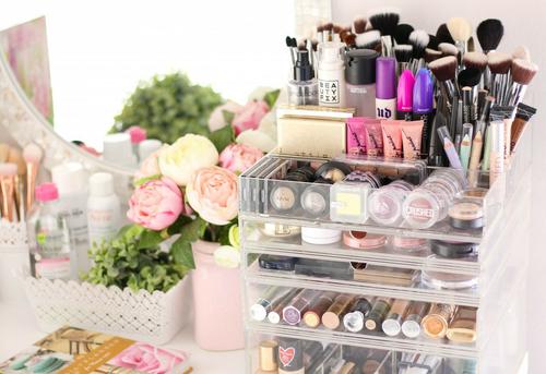 Maquillaje – Mis elegidos delmomento